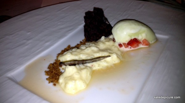 9. Sutlac, Rice Pudding wiht Mastic, Sour Apple Sorbet, Crunchy Mulberry