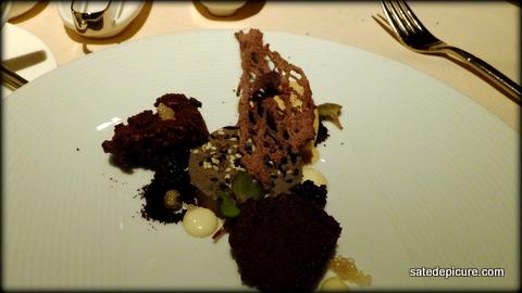 17-black-sesame-chocolate-lime